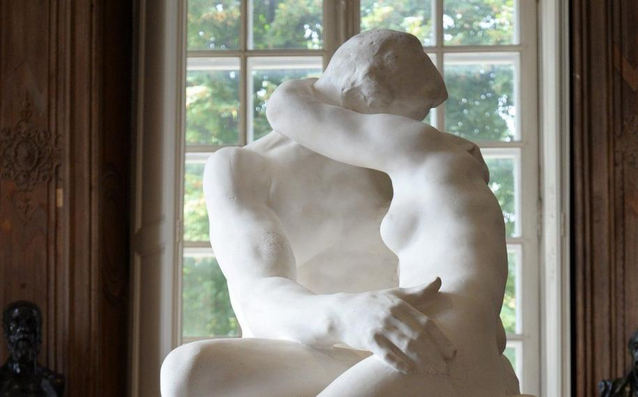 A Valentine's Day evening in the Gardens of the Rodin Museum
